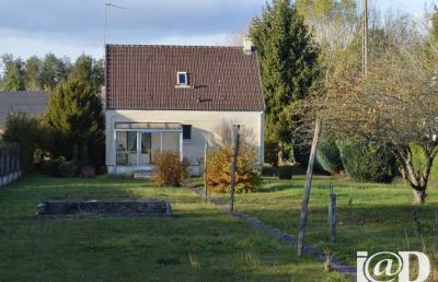 Maison Esternay &bull; <span class='offer-area-number'>70</span> m² environ &bull; <span class='offer-rooms-number'>4</span> pièces