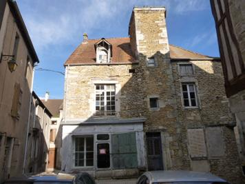 Maison Nolay &bull; <span class='offer-area-number'>160</span> m² environ &bull; <span class='offer-rooms-number'>9</span> pièces