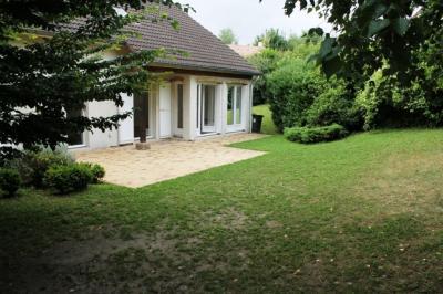 Maison Fourqueux &bull; <span class='offer-area-number'>160</span> m² environ &bull; <span class='offer-rooms-number'>7</span> pièces