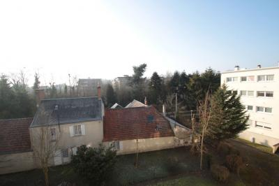 Appartement St Jean de Braye &bull; <span class='offer-area-number'>71</span> m² environ &bull; <span class='offer-rooms-number'>3</span> pièces