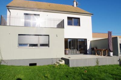 Maison Pontcarre &bull; <span class='offer-area-number'>160</span> m² environ &bull; <span class='offer-rooms-number'>6</span> pièces