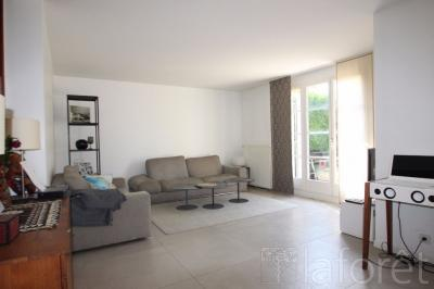 Maison Wissous &bull; <span class='offer-area-number'>106</span> m² environ &bull; <span class='offer-rooms-number'>5</span> pièces
