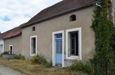 Maison Montmarault &bull; <span class='offer-area-number'>49</span> m² environ &bull; <span class='offer-rooms-number'>2</span> pièces