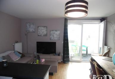 Appartement Limeil Brevannes &bull; <span class='offer-area-number'>59</span> m² environ &bull; <span class='offer-rooms-number'>3</span> pièces