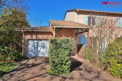 Maison Launaguet &bull; <span class='offer-area-number'>82</span> m² environ &bull; <span class='offer-rooms-number'>4</span> pièces