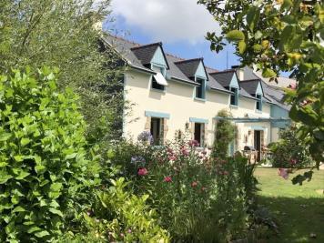 Maison Douarnenez &bull; <span class='offer-area-number'>165</span> m² environ &bull; <span class='offer-rooms-number'>8</span> pièces