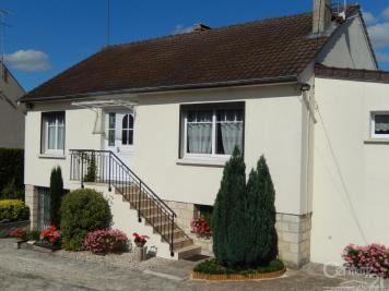 Maison Vaumoise &bull; <span class='offer-area-number'>118</span> m² environ &bull; <span class='offer-rooms-number'>5</span> pièces