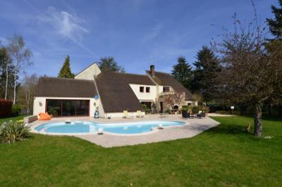 Maison Ozouer le Voulgis &bull; <span class='offer-area-number'>275</span> m² environ &bull; <span class='offer-rooms-number'>8</span> pièces