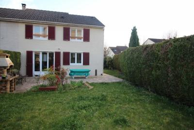 Maison Cormeilles en Parisis &bull; <span class='offer-area-number'>96</span> m² environ &bull; <span class='offer-rooms-number'>5</span> pièces