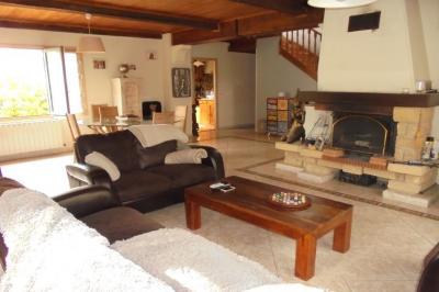 Villa La Trinite &bull; <span class='offer-area-number'>190</span> m² environ &bull; <span class='offer-rooms-number'>6</span> pièces