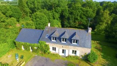 Maison St Jacut de la Mer &bull; <span class='offer-area-number'>130</span> m² environ &bull; <span class='offer-rooms-number'>5</span> pièces