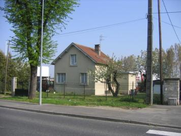Maison Laon &bull; <span class='offer-area-number'>81</span> m² environ &bull; <span class='offer-rooms-number'>3</span> pièces