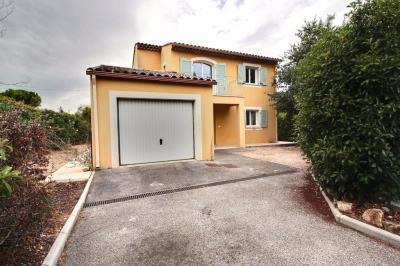Maison Draguignan &bull; <span class='offer-area-number'>97</span> m² environ &bull; <span class='offer-rooms-number'>4</span> pièces