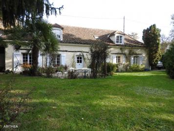 Maison Ferolles Attilly &bull; <span class='offer-area-number'>130</span> m² environ &bull; <span class='offer-rooms-number'>6</span> pièces