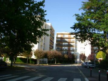 Appartement Maurepas &bull; <span class='offer-area-number'>54</span> m² environ &bull; <span class='offer-rooms-number'>2</span> pièces