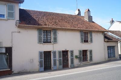 Maison Rioz &bull; <span class='offer-area-number'>120</span> m² environ &bull; <span class='offer-rooms-number'>7</span> pièces