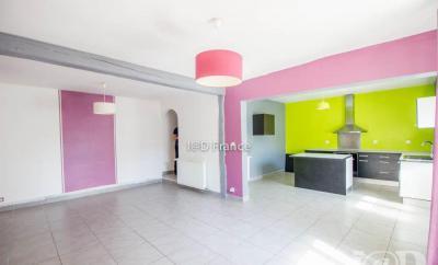 Maison Esmans &bull; <span class='offer-area-number'>78</span> m² environ &bull; <span class='offer-rooms-number'>3</span> pièces