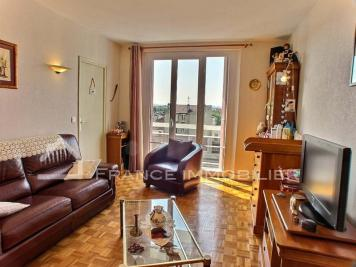 Appartement La Varenne St Hilaire &bull; <span class='offer-area-number'>43</span> m² environ &bull; <span class='offer-rooms-number'>2</span> pièces