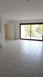 Appartement Cremieu &bull; <span class='offer-area-number'>66</span> m² environ &bull; <span class='offer-rooms-number'>3</span> pièces