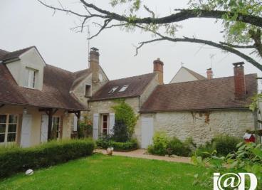 Maison Aumont en Halatte &bull; <span class='offer-area-number'>185</span> m² environ &bull; <span class='offer-rooms-number'>7</span> pièces