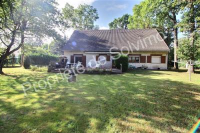 Maison St Sauveur sur Ecole &bull; <span class='offer-area-number'>195</span> m² environ &bull; <span class='offer-rooms-number'>7</span> pièces
