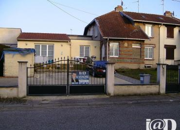 Maison Tucquegnieux &bull; <span class='offer-area-number'>102</span> m² environ &bull; <span class='offer-rooms-number'>5</span> pièces