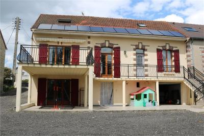 Maison La Bazoche Gouet &bull; <span class='offer-area-number'>178</span> m² environ &bull; <span class='offer-rooms-number'>6</span> pièces