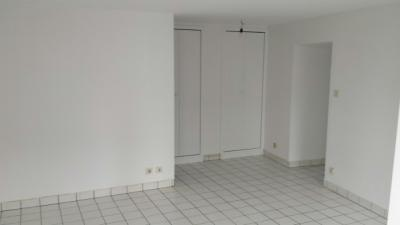 Appartement Montbrison &bull; <span class='offer-area-number'>34</span> m² environ &bull; <span class='offer-rooms-number'>1</span> pièce