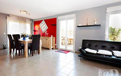 Appartement St Georges de Reneins &bull; <span class='offer-area-number'>93</span> m² environ &bull; <span class='offer-rooms-number'>4</span> pièces