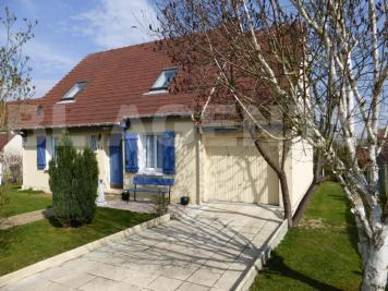 Maison La Ferte Gaucher &bull; <span class='offer-area-number'>93</span> m² environ &bull; <span class='offer-rooms-number'>5</span> pièces