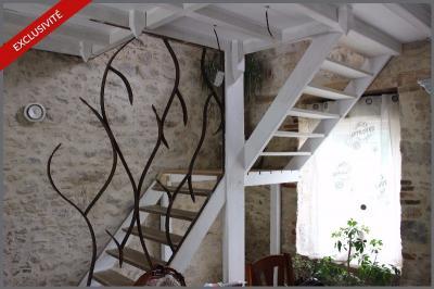 Maison Le Poire sur Vie &bull; <span class='offer-area-number'>150</span> m² environ &bull; <span class='offer-rooms-number'>5</span> pièces