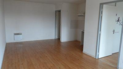 Appartement Gujan Mestras &bull; <span class='offer-area-number'>45</span> m² environ &bull; <span class='offer-rooms-number'>2</span> pièces