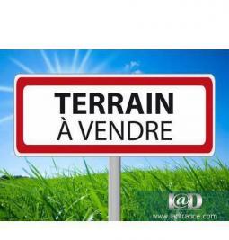 Terrain Lorris &bull; <span class='offer-area-number'>1 678</span> m² environ