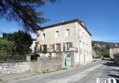 Maison Le Vigan &bull; <span class='offer-area-number'>355</span> m² environ &bull; <span class='offer-rooms-number'>14</span> pièces