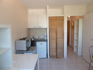 Appartement Marseille 01 &bull; <span class='offer-area-number'>17</span> m² environ &bull; <span class='offer-rooms-number'>1</span> pièce
