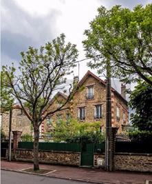 Maison Le Raincy &bull; <span class='offer-area-number'>122</span> m² environ &bull; <span class='offer-rooms-number'>6</span> pièces