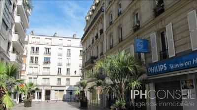 Appartement Levallois Perret &bull; <span class='offer-area-number'>30</span> m² environ &bull; <span class='offer-rooms-number'>2</span> pièces