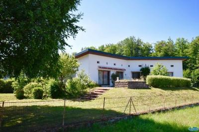 Maison Chantraine &bull; <span class='offer-area-number'>140</span> m² environ &bull; <span class='offer-rooms-number'>7</span> pièces