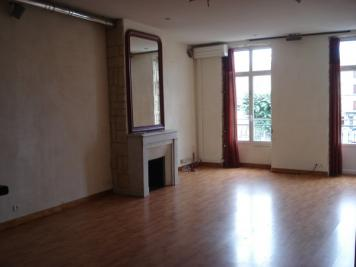 Appartement Issoire &bull; <span class='offer-area-number'>80</span> m² environ &bull; <span class='offer-rooms-number'>3</span> pièces