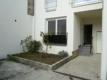 Appartement Beauchamp &bull; <span class='offer-area-number'>53</span> m² environ &bull; <span class='offer-rooms-number'>3</span> pièces