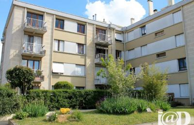 Appartement Livry Gargan &bull; <span class='offer-area-number'>62</span> m² environ &bull; <span class='offer-rooms-number'>3</span> pièces