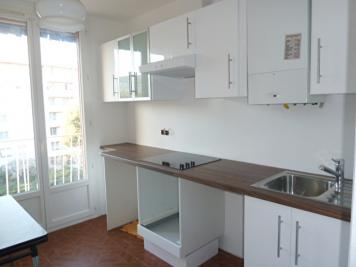 Appartement Marseille 09 &bull; <span class='offer-area-number'>52</span> m² environ &bull; <span class='offer-rooms-number'>3</span> pièces