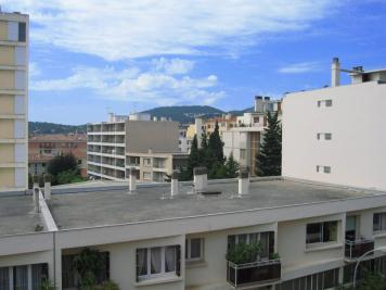 Appartement Hyeres &bull; <span class='offer-area-number'>24</span> m² environ &bull; <span class='offer-rooms-number'>1</span> pièce