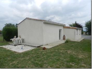 Maison Taponnat Fleurignac &bull; <span class='offer-area-number'>75</span> m² environ &bull; <span class='offer-rooms-number'>3</span> pièces