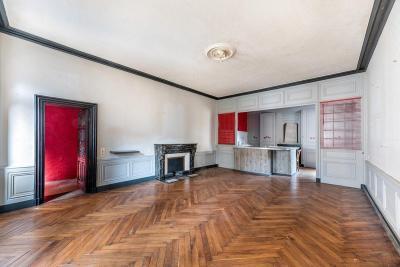 Maison Ville sur Jarnioux &bull; <span class='offer-area-number'>170</span> m² environ &bull; <span class='offer-rooms-number'>5</span> pièces