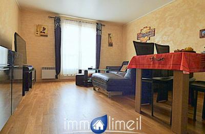 Appartement Limeil Brevannes &bull; <span class='offer-area-number'>71</span> m² environ &bull; <span class='offer-rooms-number'>3</span> pièces