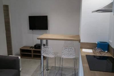 Appartement St Etienne &bull; <span class='offer-area-number'>70</span> m² environ &bull; <span class='offer-rooms-number'>4</span> pièces