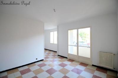 Appartement Marseille 04 &bull; <span class='offer-area-number'>74</span> m² environ &bull; <span class='offer-rooms-number'>4</span> pièces