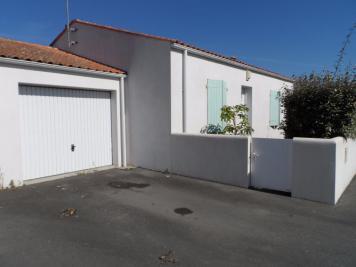 Maison St Pierre D Oleron &bull; <span class='offer-area-number'>65</span> m² environ &bull; <span class='offer-rooms-number'>3</span> pièces