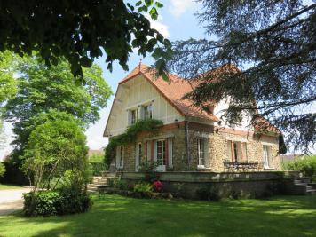 Maison Villecresnes &bull; <span class='offer-area-number'>187</span> m² environ &bull; <span class='offer-rooms-number'>6</span> pièces